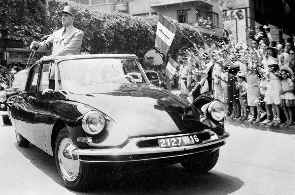 Photo of Οι προεδρικές γαλλικές λιμουζίνες και η ιστορία τους [vid]