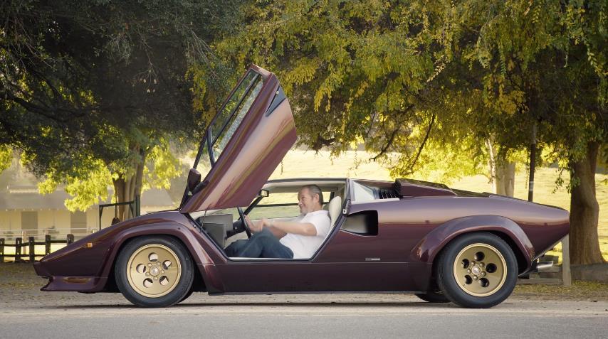 Photo of Ο Valentino Balboni μιλά για την μοναδική Lamborghini Countach [vid]