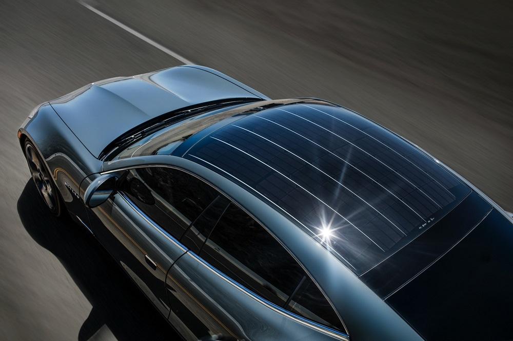 Photo of Ηλιακά πάνελ για EV θα προσφέρουν αυτονομία έως 10 χλμ./μέρα