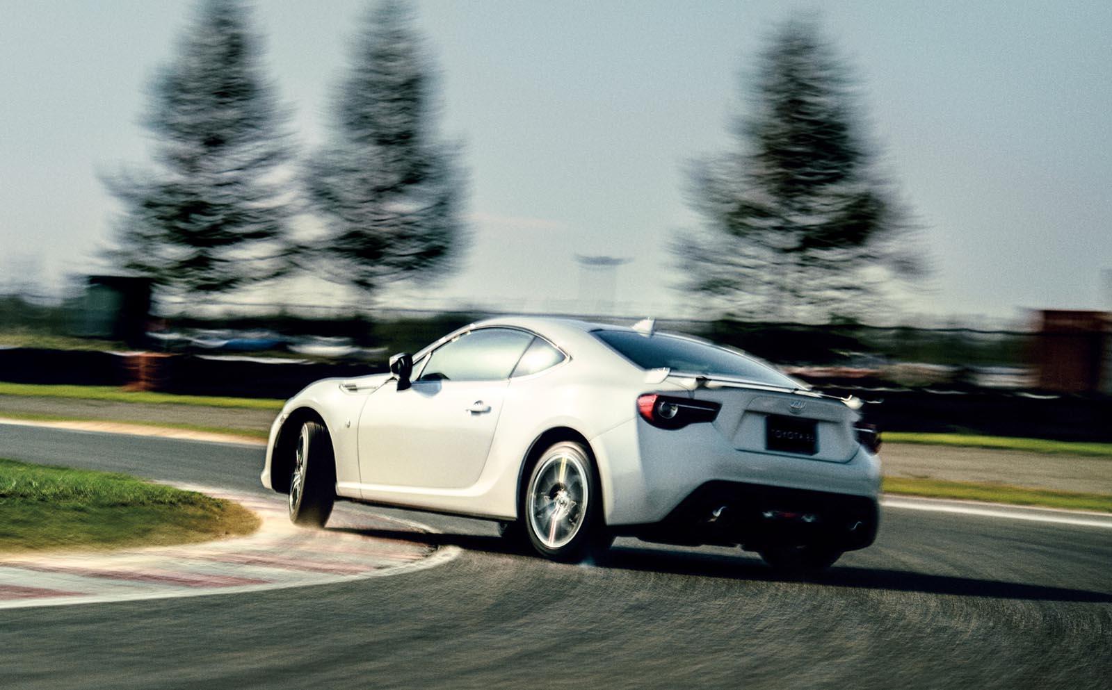 Photo of Θα φτηνύνουν τα ιαπωνικά αυτοκίνητα μετά την κατάργηση του φόρου 10% της Ε.Ε.;