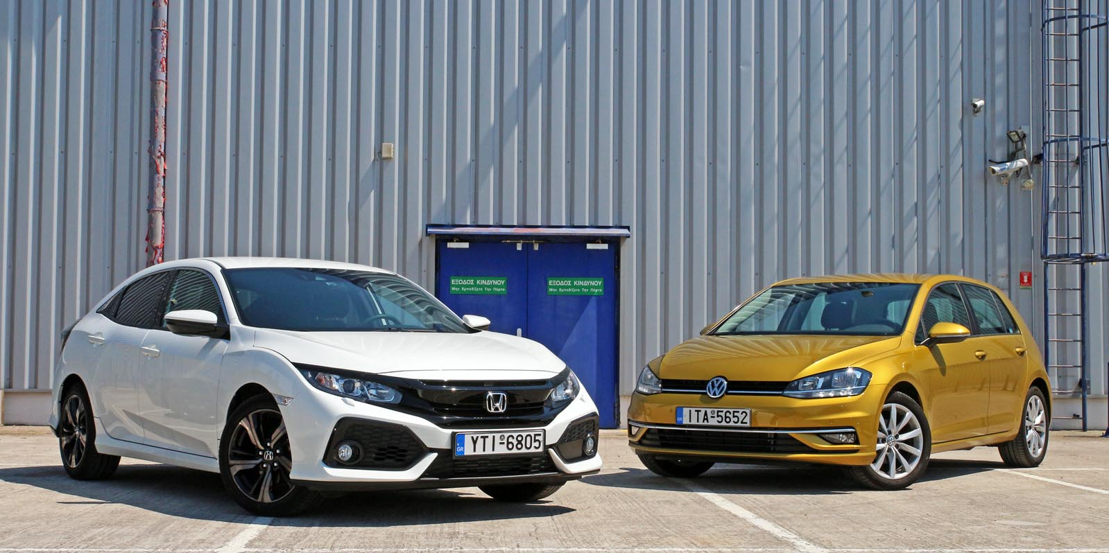 Photo of Honda Civic 1.0 VTEC Turbo vs Volkswagen Golf 1.0 TSI [test drive]