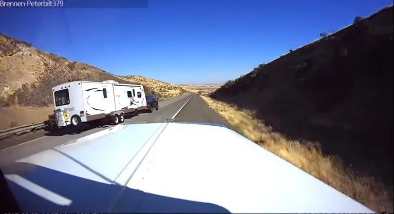 Photo of Τι μπορεί να συμβεί σε ένα τροχόσπιτο με υπερβολική ταχύτητα; [vid]