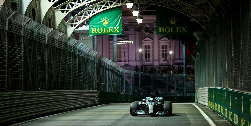 Photo of GP Σιγκαπούρης: Νίκη για Hamilton, όλεθρος για Ferrari!