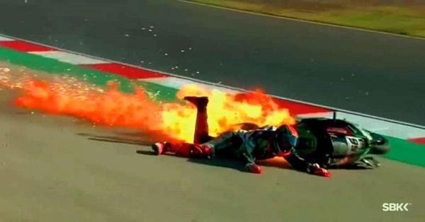 Photo of Tρομακτικό ατύχημα στο πρωτάθλημα SBK [vid]
