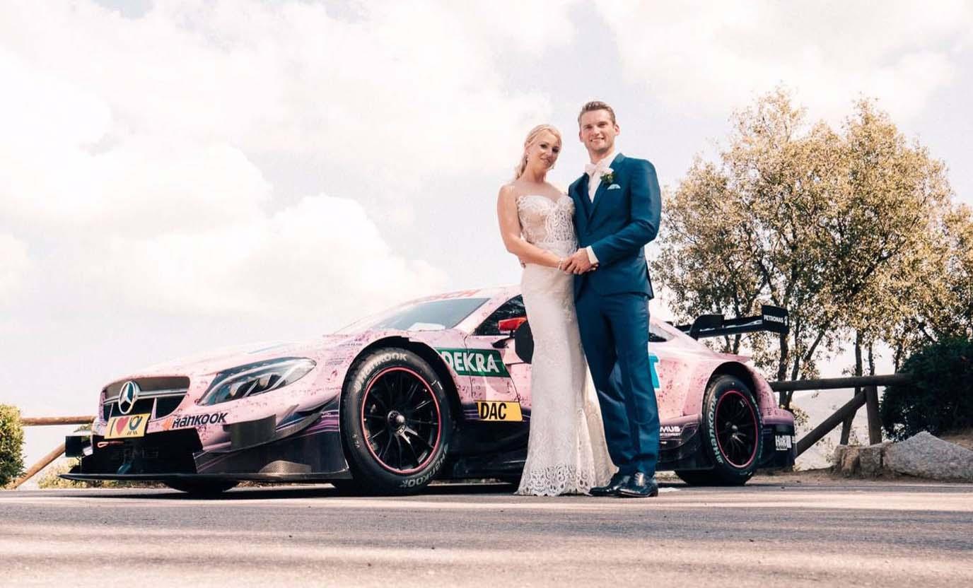 Photo of Νύφη πήγε με αγωνιστικό αυτοκίνητο στον γάμο της [vid]