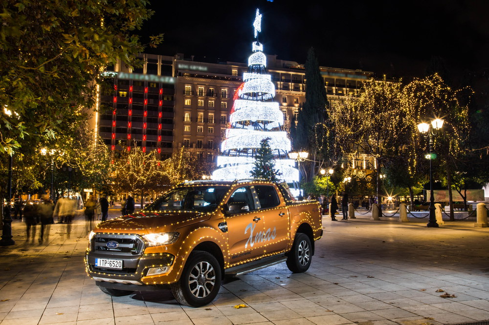 Photo of Το Ford Ranger «ντύθηκε» Άγιος Βασίλης και μοίρασε δώρα και χαμόγελα στα παιδιά του Χατζηκυριάκειου