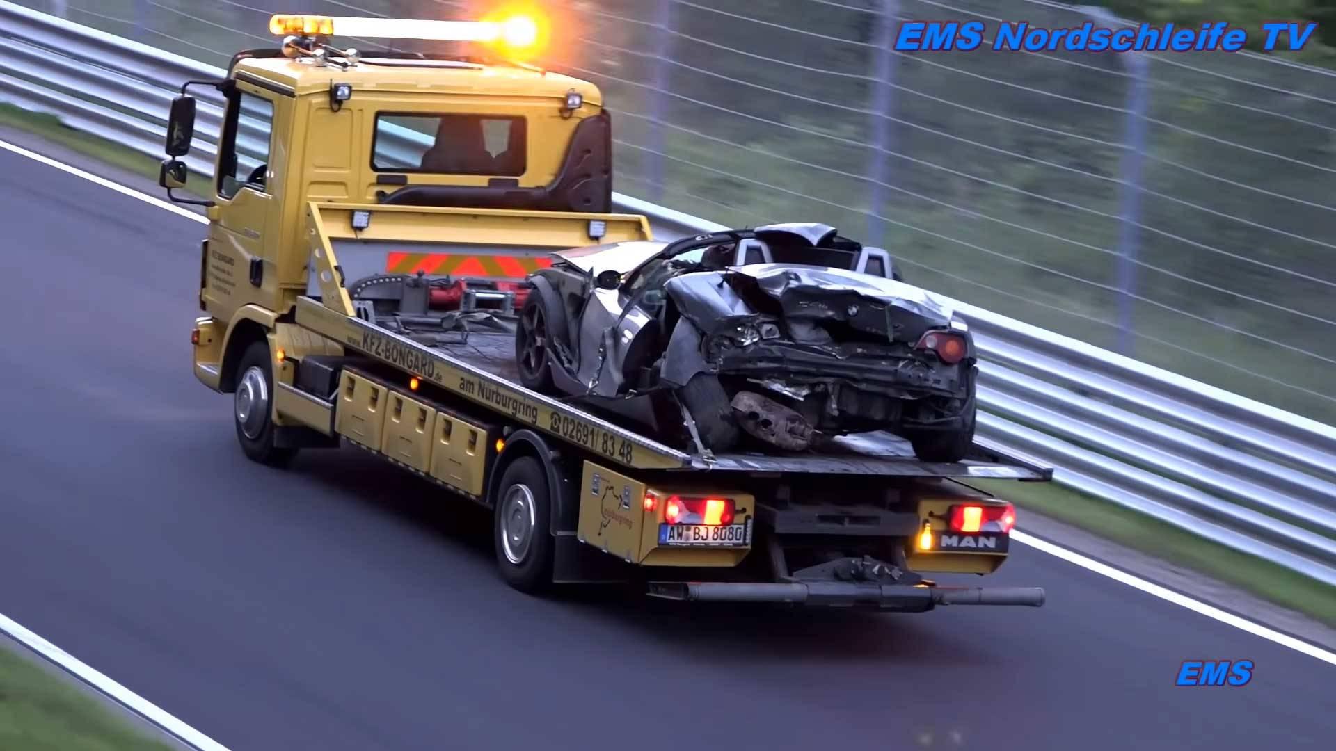 Photo of Τι καλό… σαβούριασε ένας γερανός στο Nürburgring; [vid]