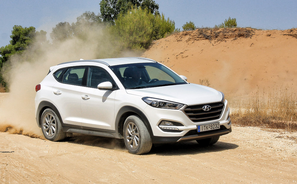 hyundai tucson 1 6 t gdi awd test drive. Black Bedroom Furniture Sets. Home Design Ideas
