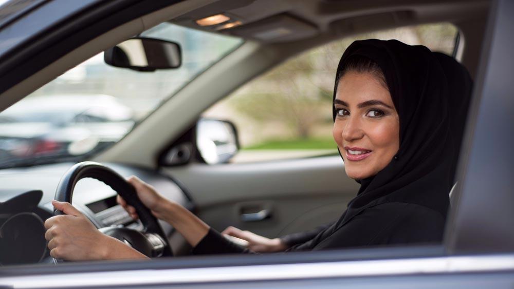 Photo of Μία αντιπροσωπεία αυτοκινήτων μόνο για γυναίκες