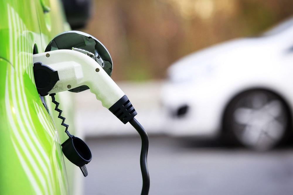 Photo of Κοινή φόρτιση για τα ηλεκτρικά BMW, Mercedes, VW και Ford