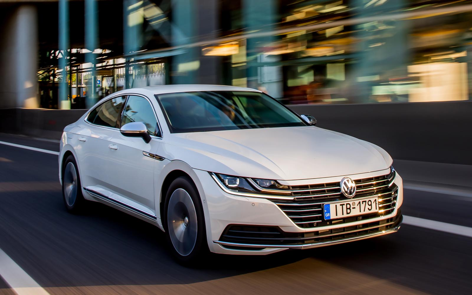 vw arteon 2 0 tdi 150 ps test drive. Black Bedroom Furniture Sets. Home Design Ideas