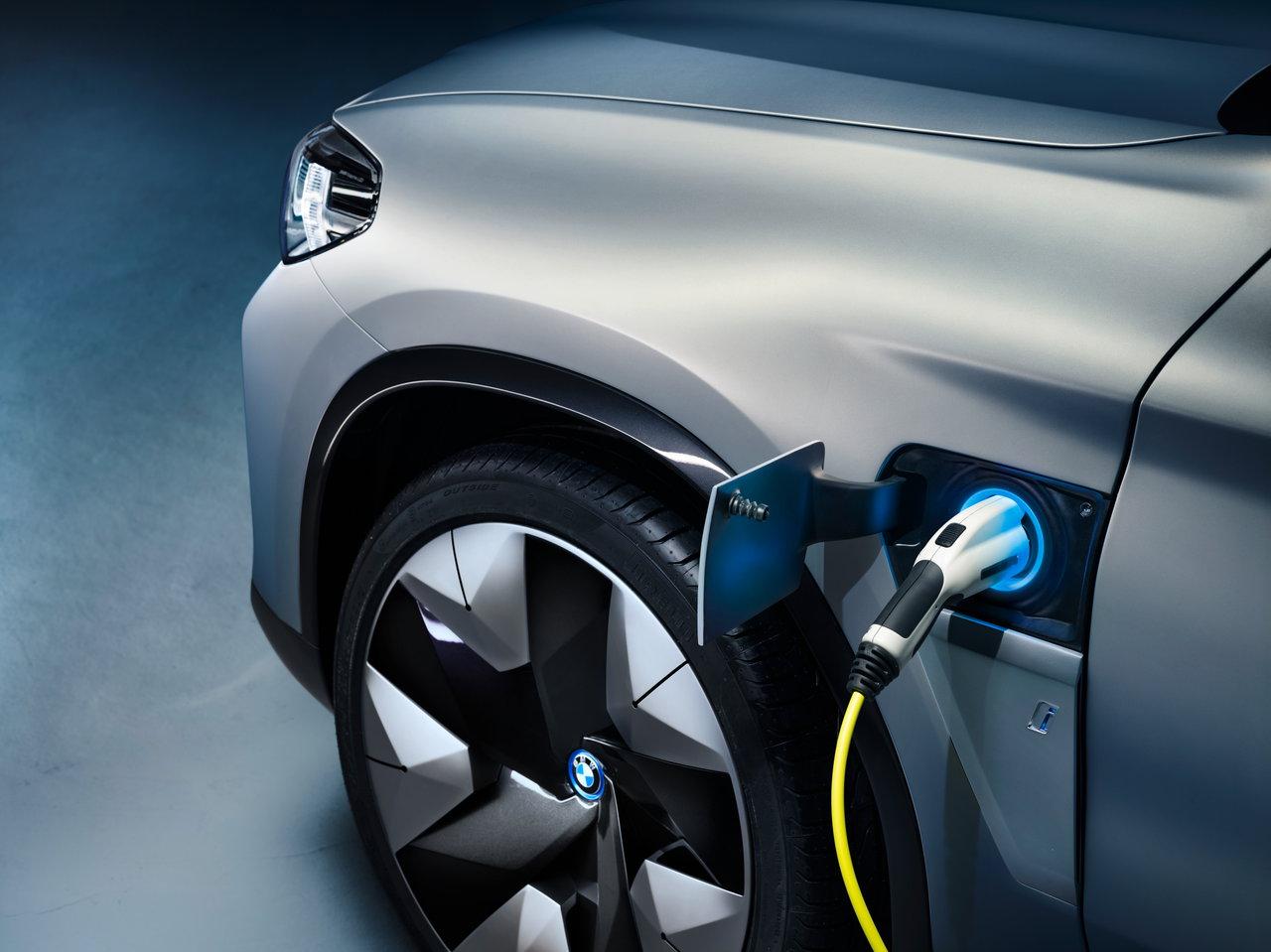 Photo of BMW: Υβριδικές plug-in εκδόσεις για τις X3 & Χ5