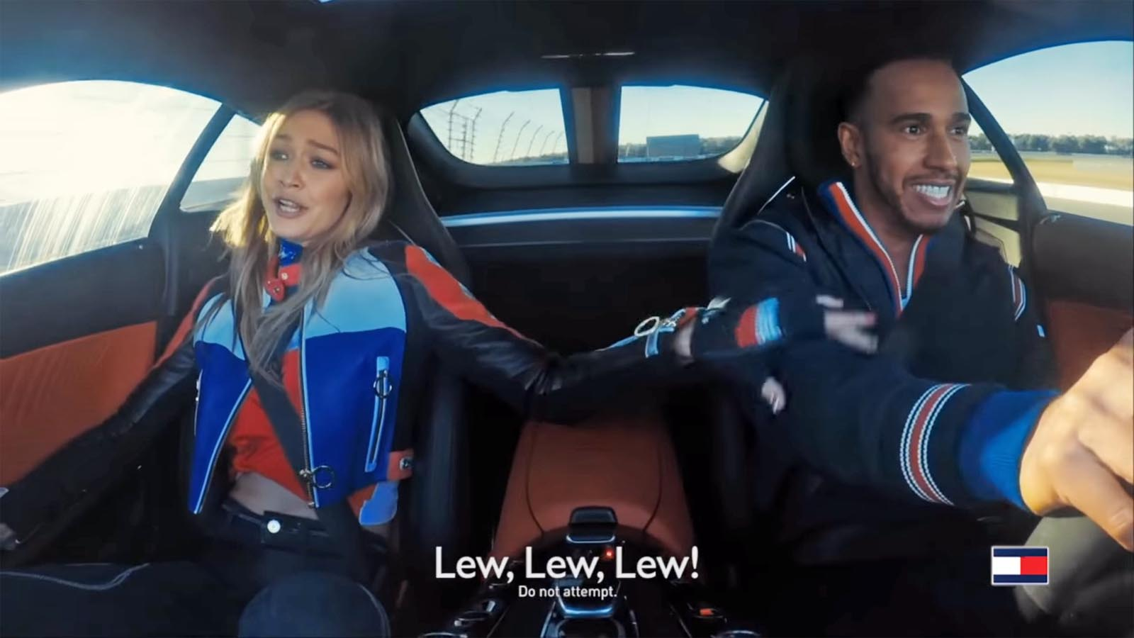 Photo of Μία… Gigi βόλτα με τον Lewis Hamilton [vid]