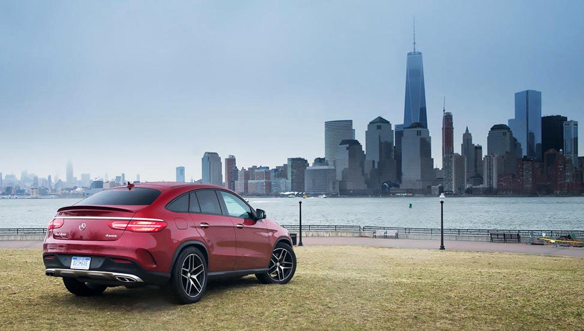Photo of Donald Trump: «Καμία νέα Mercedes να μην κυλήσει τις ρόδες της στη Νέα Υόρκη»