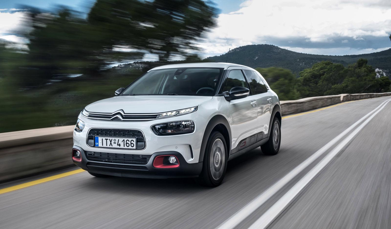 citroen c4 cactus 1 6 bluehdi 100 ps test drive. Black Bedroom Furniture Sets. Home Design Ideas