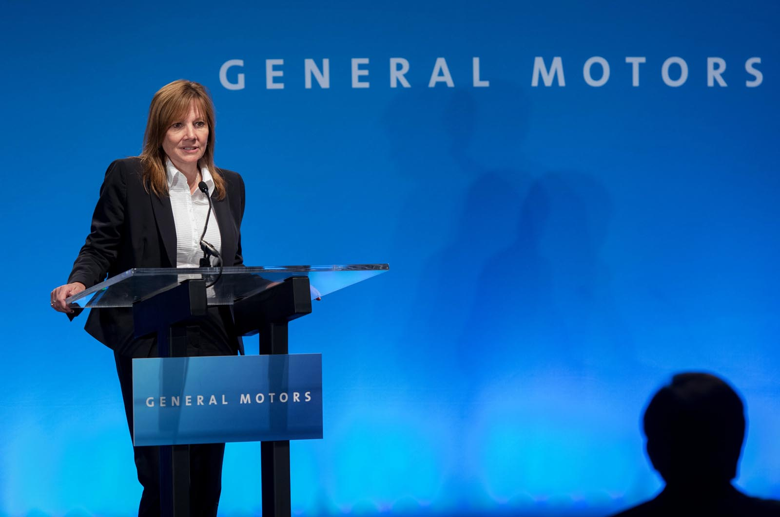Photo of Ποια ήταν η αμοιβή της Mary Barra, της CEO της General Motors;