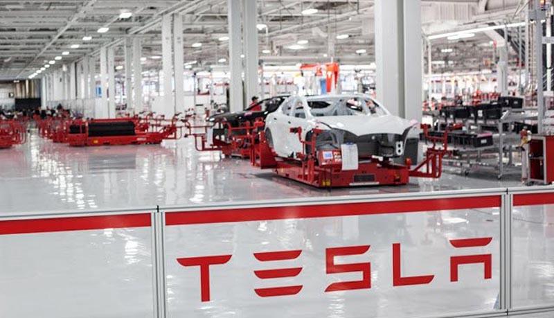 Photo of H Tesla βγάζει χρήμα πουλώντας δικαιώματα ρύπων