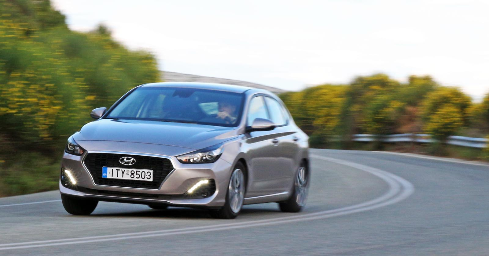 Photo of Hyundai i30 Fastback 1.0 Τ-GDi [test drive]