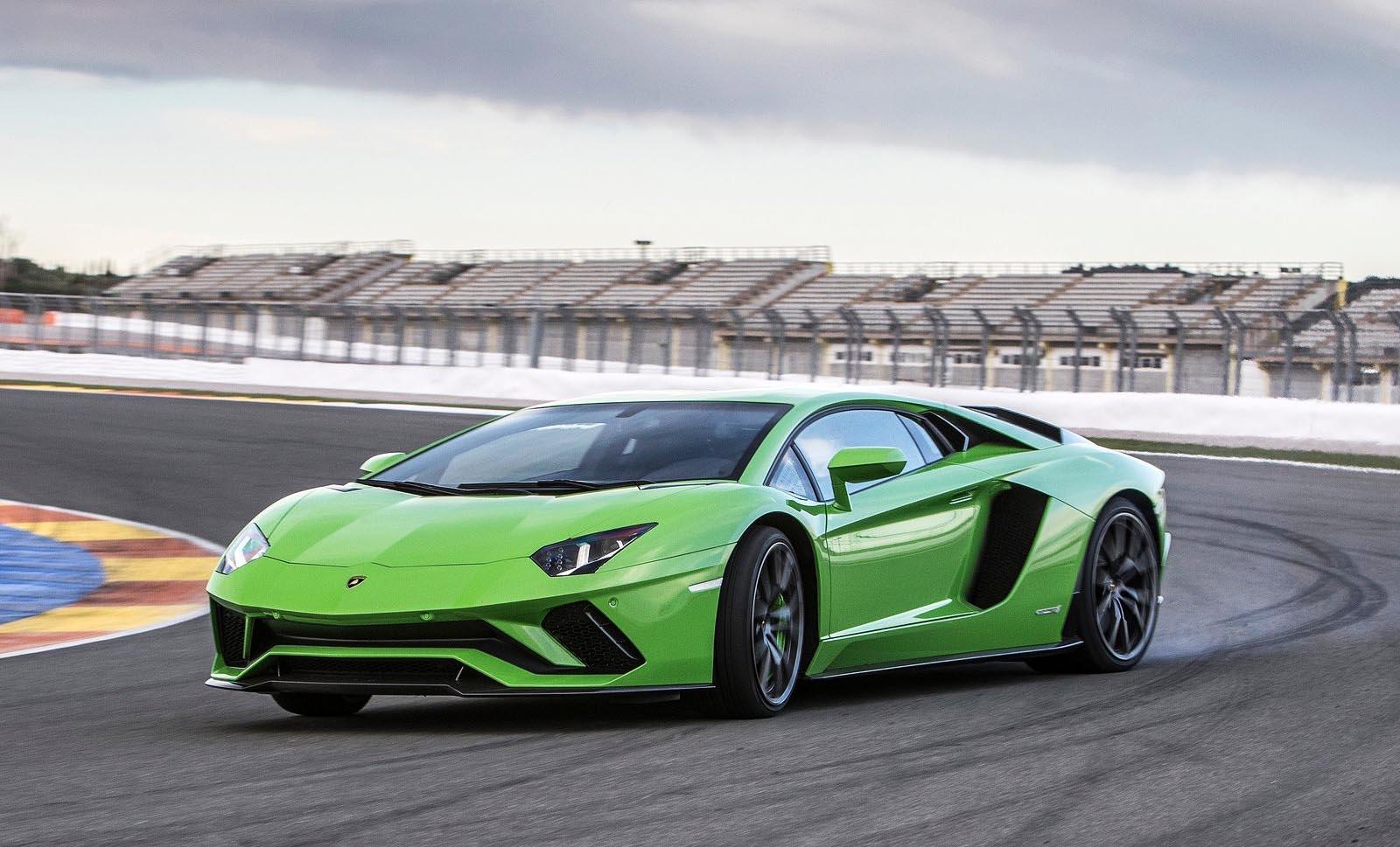 Photo of Με υβριδικό V12 η επόμενη Lamborghini Aventador