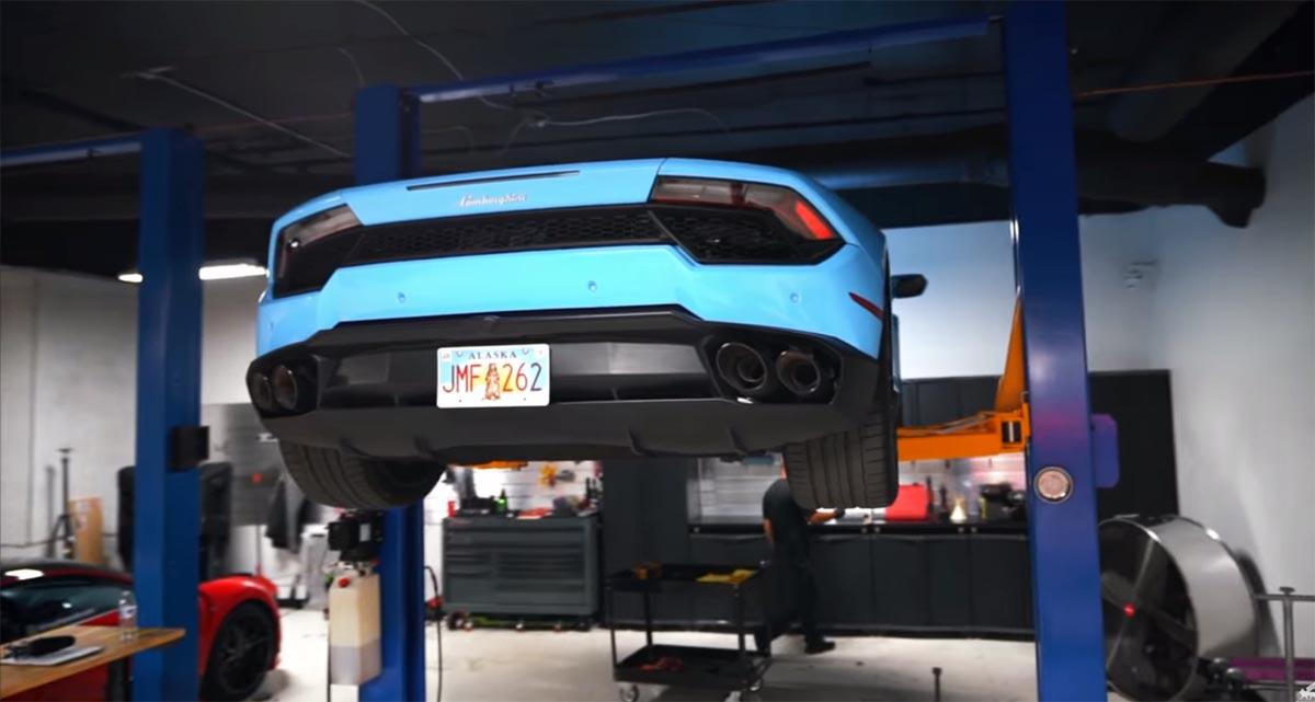 Photo of Πόσο διαρκεί και πόσο περίπου κοστίζει μία αλλαγή λαδιών σε μια Lamborghini Huracan;