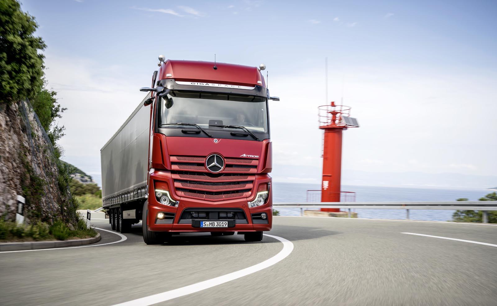 Photo of Nέο Mercedes-Benz Actros: Πιο αποδοτικό, πιο ασφαλές, πιο ψηφιακό από ποτέ!