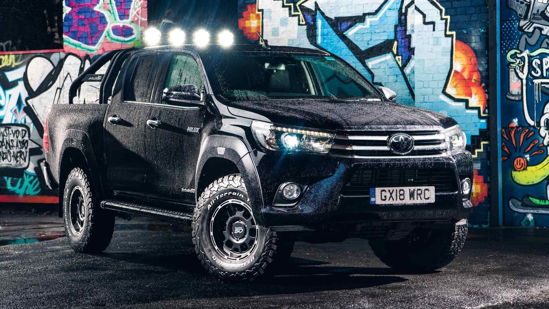 Photo of Σε 50 μόλις μονάδες το Toyota Hilux Invincible 50