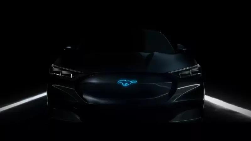 Photo of H Ford δείχνει την υβριδική V8 Mustang