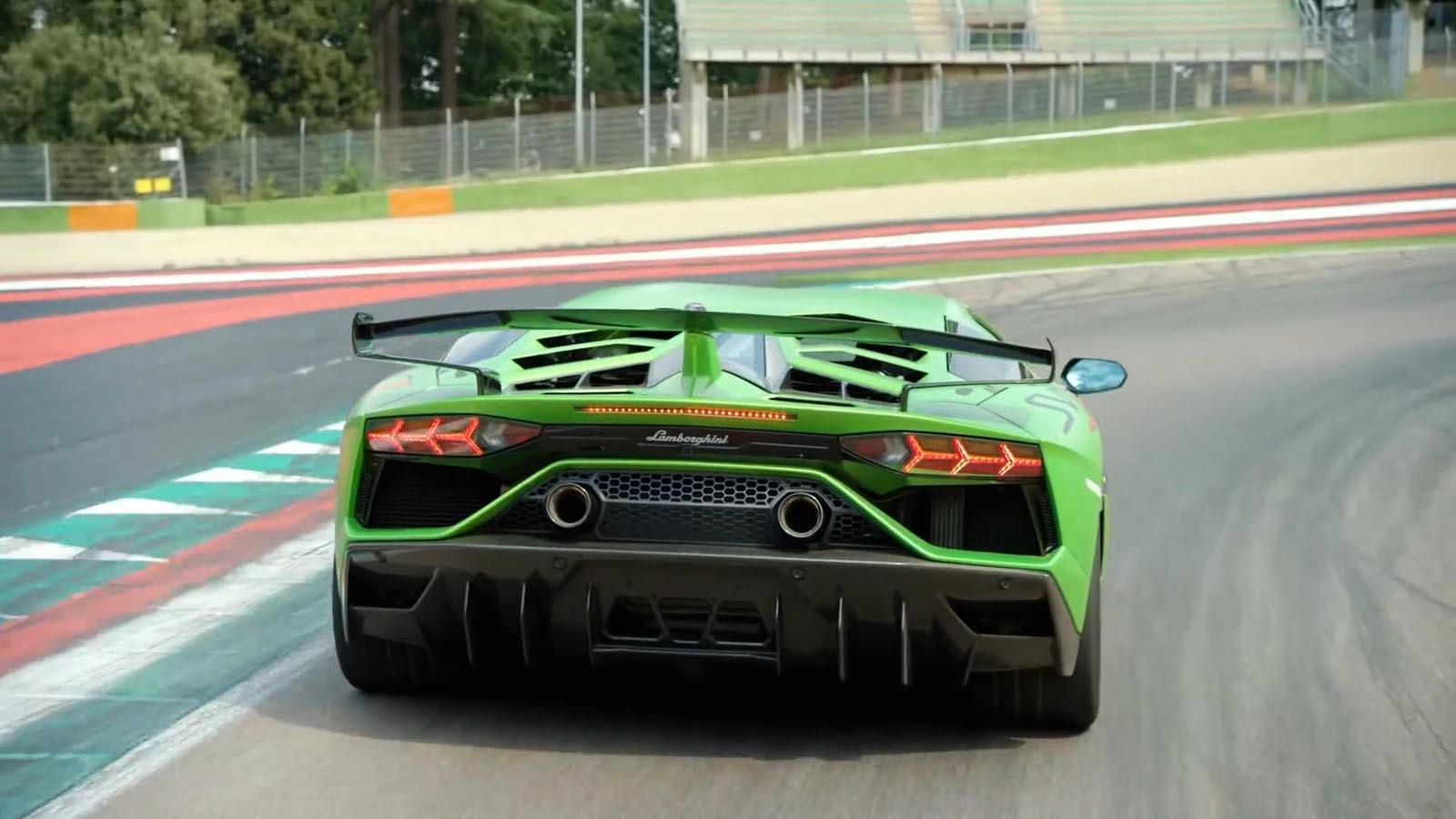 Photo of Μάθετε τα μυστικά της αεροδυναμικής της Lamborghini Aventador SVJ [vid]