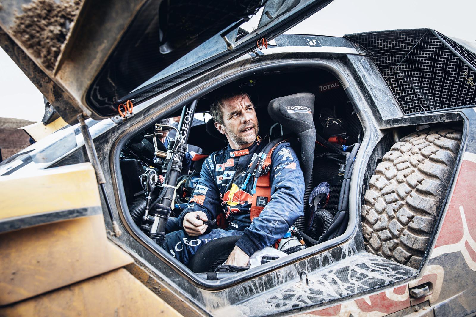 Photo of Ο Sebastien Loeb συνεχίζει στο ράλι Ντακάρ!