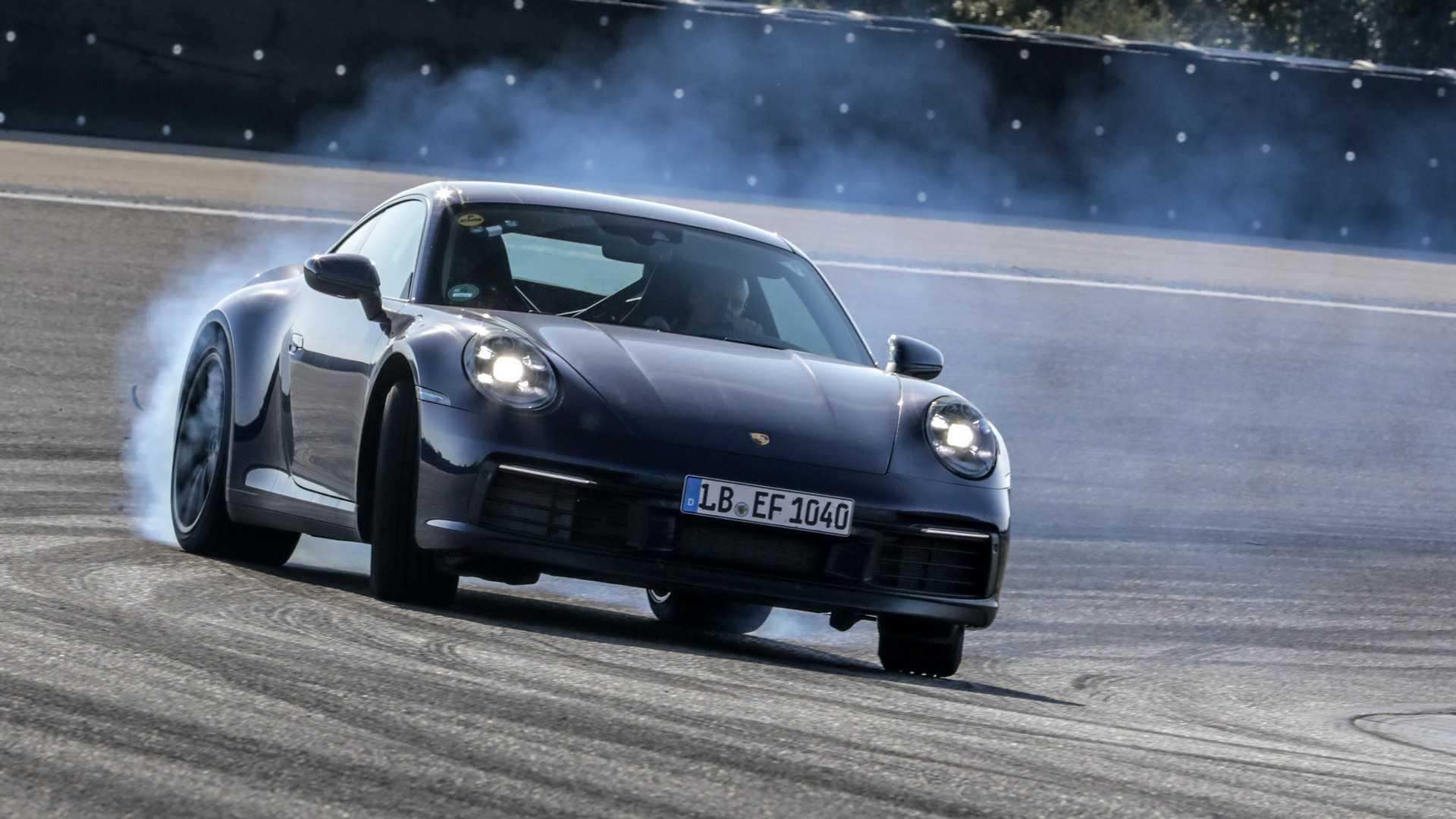 Photo of Έτοιμη η νέα Porsche 911