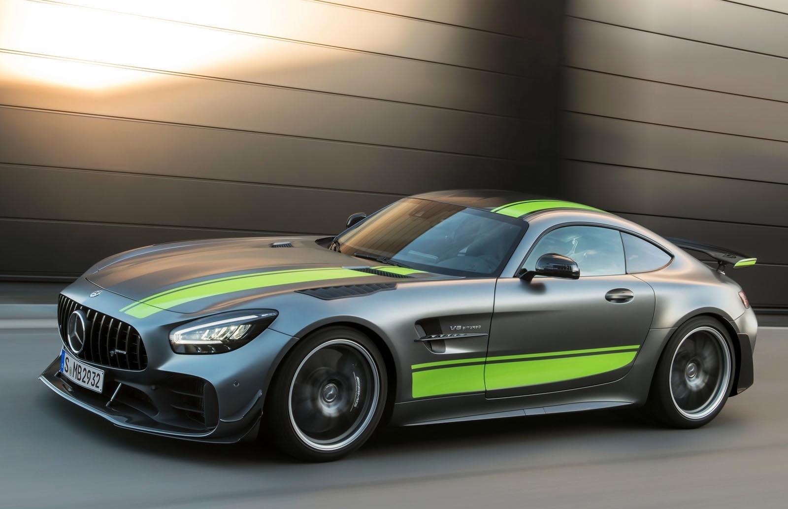 Photo of Ανανέωση και έκδοση GT R Pro για την Mercedes-AMG GT