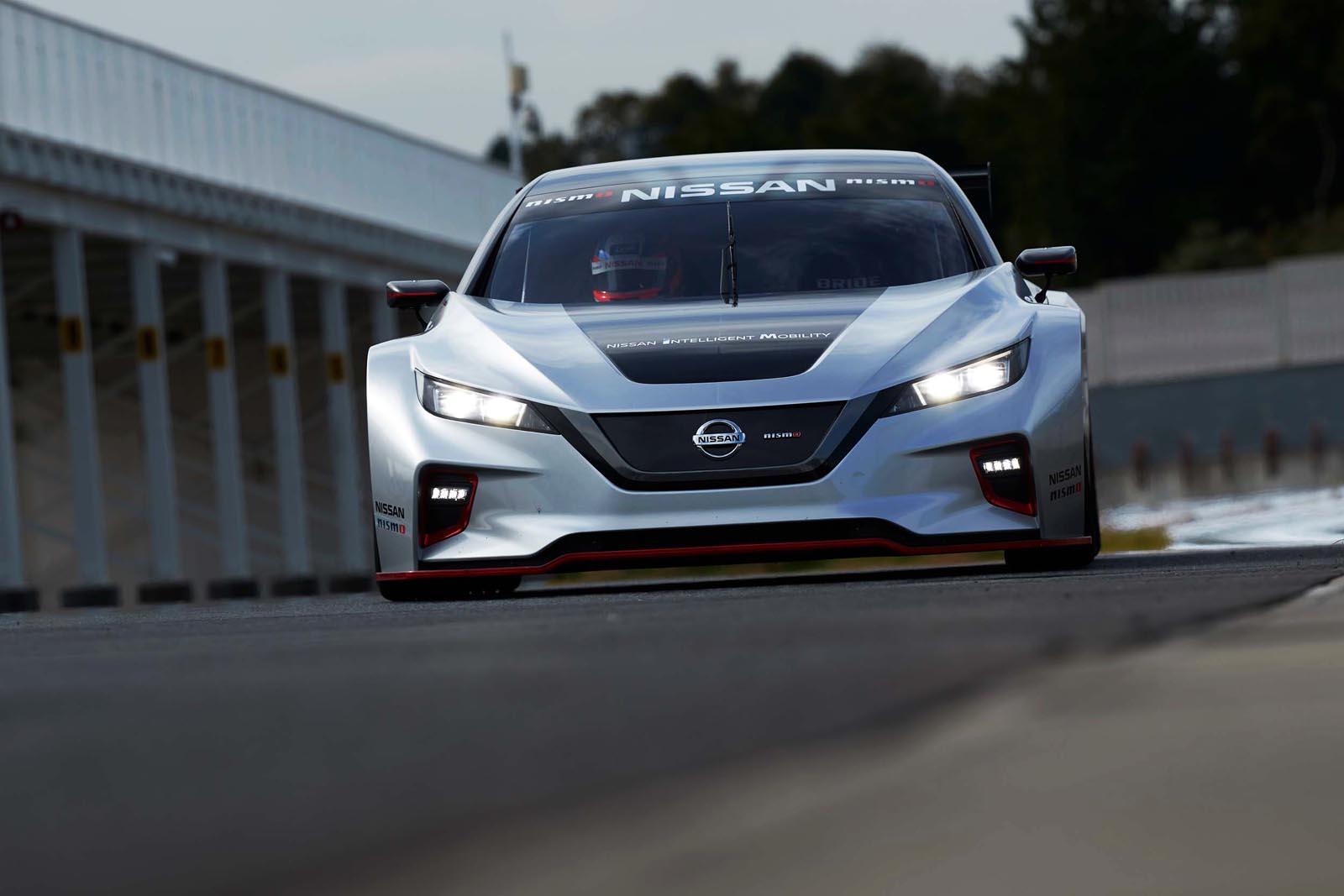 Photo of Η Nissan παρουσιάζει το αμιγώς ηλεκτροκίνητο αγωνιστικό LEAF NISMO RC