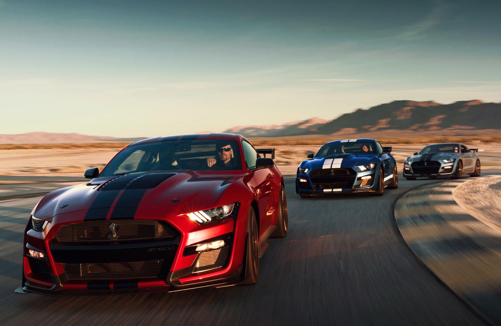 Photo of Η Shelby GT500 είναι η ταχύτερη Ford Mustang που έχει υπάρξει!