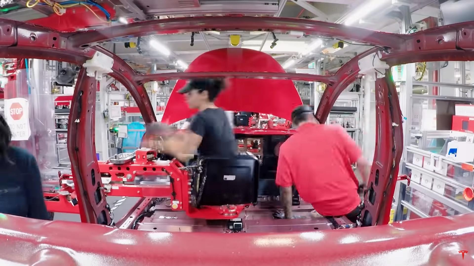 Photo of H συναρμολόγηση ενός Tesla Model 3 σε λιγότερο από ένα λεπτό [vid]