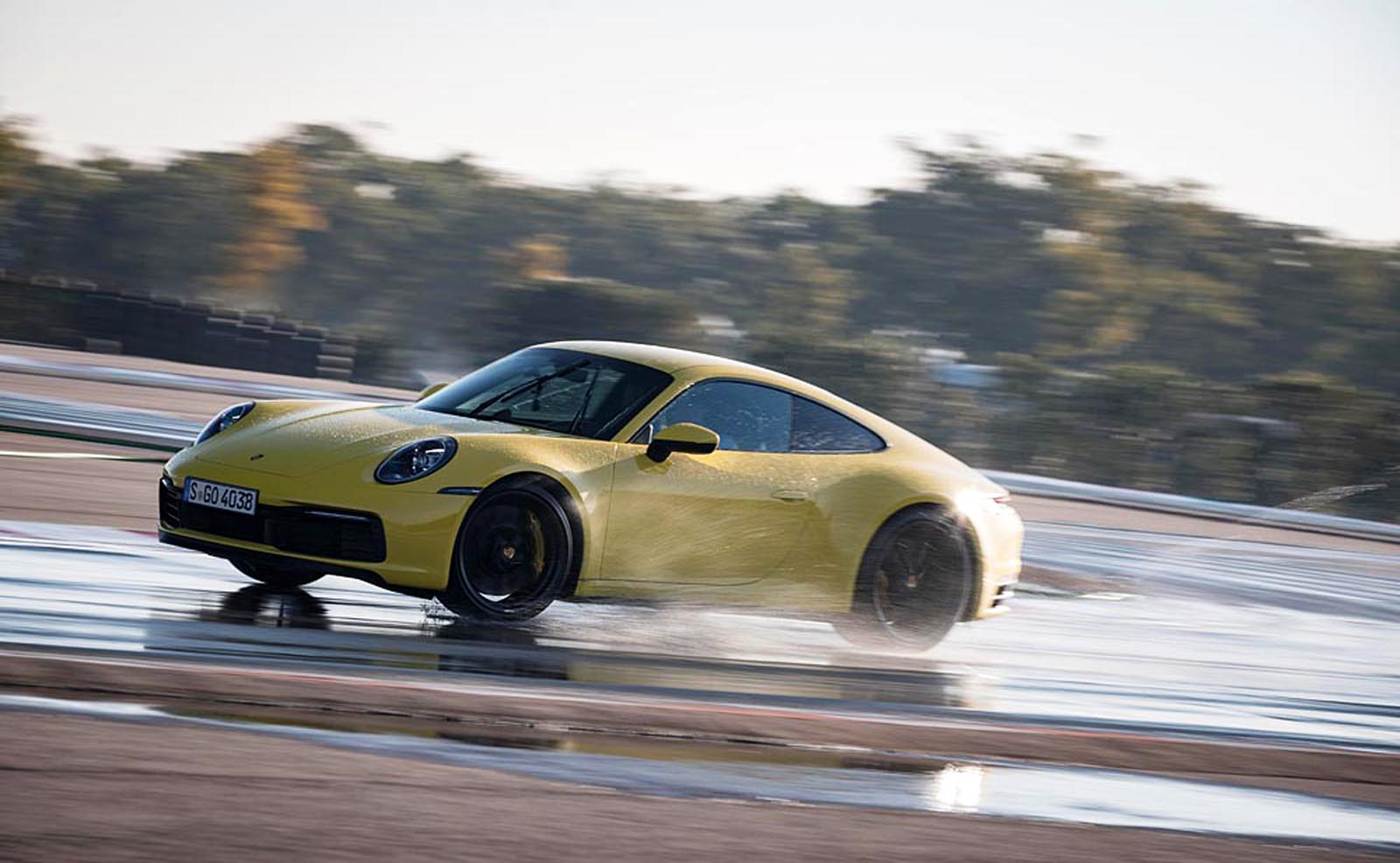 Photo of Πως λειτουργεί το Wet Mode της νέας Porsche 911 [vid]