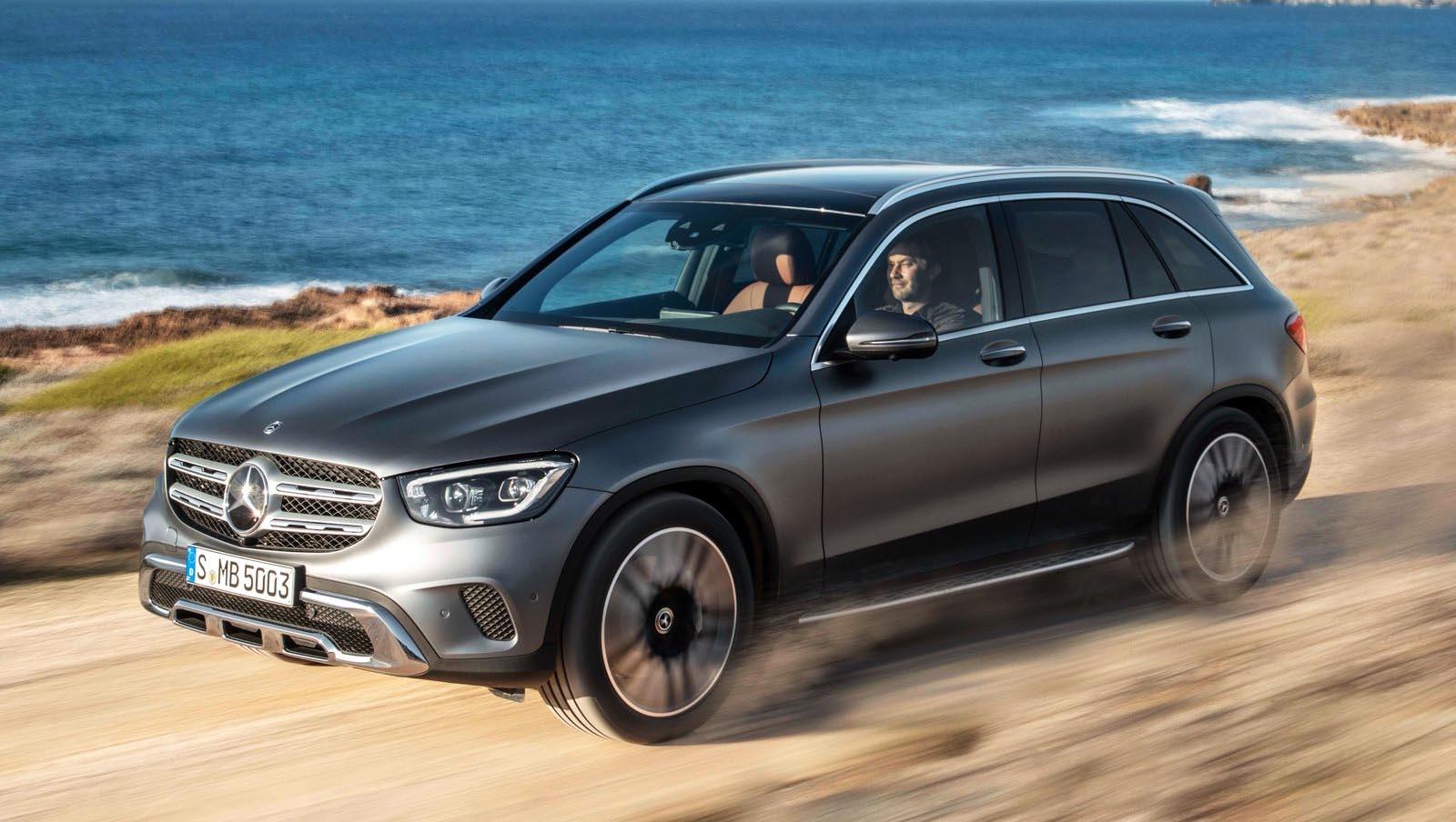 Photo of Ανανέωση με νέους κινητήρες και ψηφιακές οθόνες για την Mercedes GLC