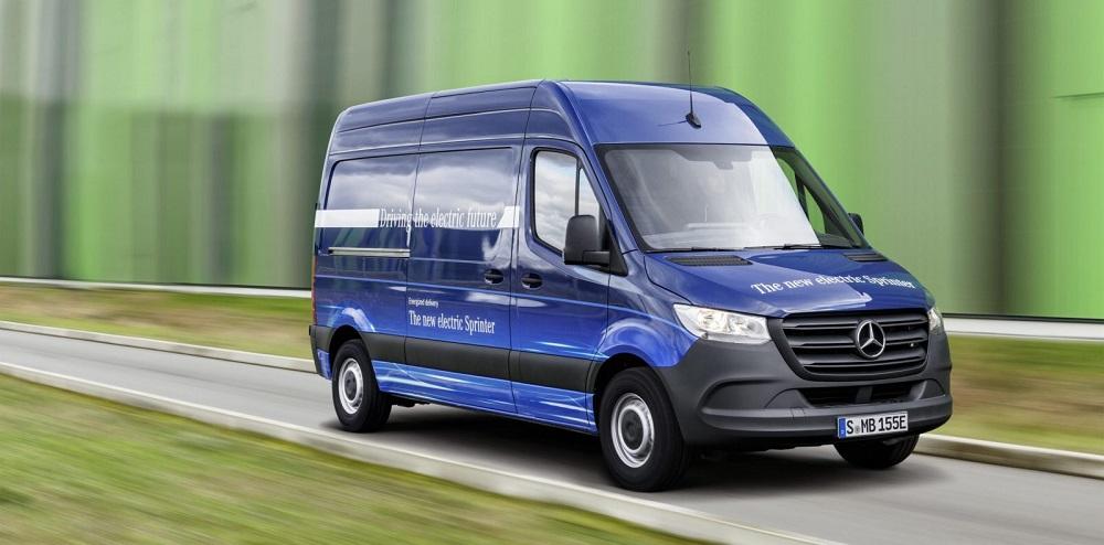 Photo of Πιθανή συνεργασία Mercedes-Tesla για ηλεκτρικά Van