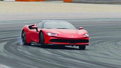 Photo of Αυτή είναι η υβριδική Ferrari SF90 Stradale με 1.000 άλογα!