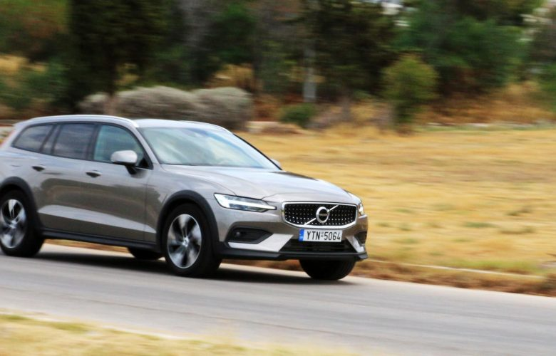 Volvo V60 D4 AWD Cross Country [test drive]