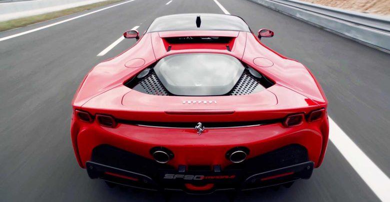 Photo of Δύο νέες Ferrari θα αποκαλυφθούν μέσα στο Σεπτέμβριο!