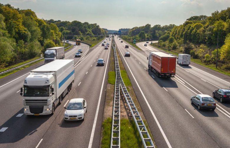 Νέα όρια ταχύτητας στους ελληνικούς δρόμους; Μπλέξαμε, το ξέρω… [blog]
