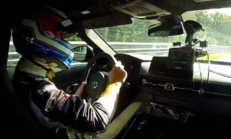 Photo of Η Toyota Supra τα «ρίχνει» στην BMW Z4 [vid]