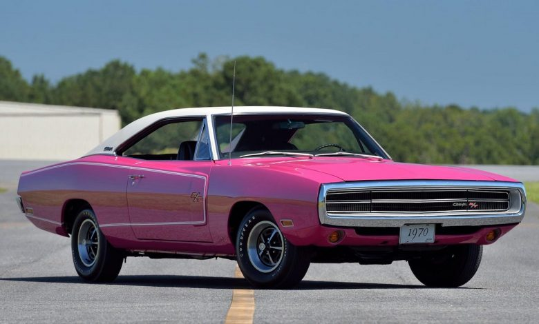 Photo of Αυτό το Dodge Charger είναι κλασικό, σπάνιο… και ροζ!