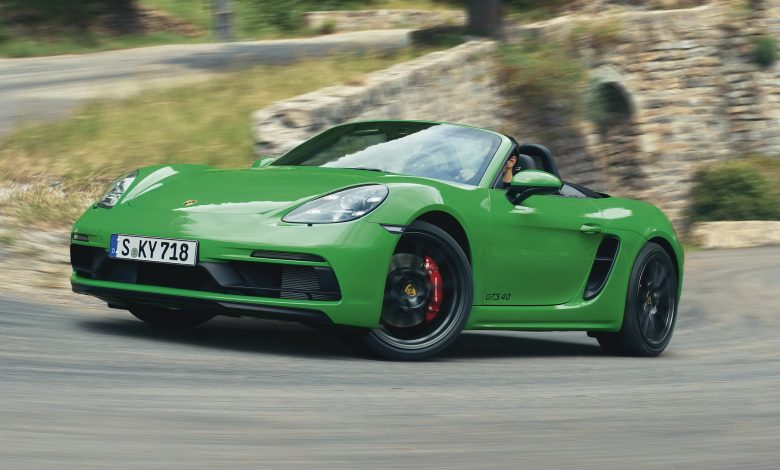 Photo of Porsche: Οι νέες 718 Boxster GTS 4.0 και 718 Cayman GTS 4.0 έχουν τον boxer της GT4 [vid]