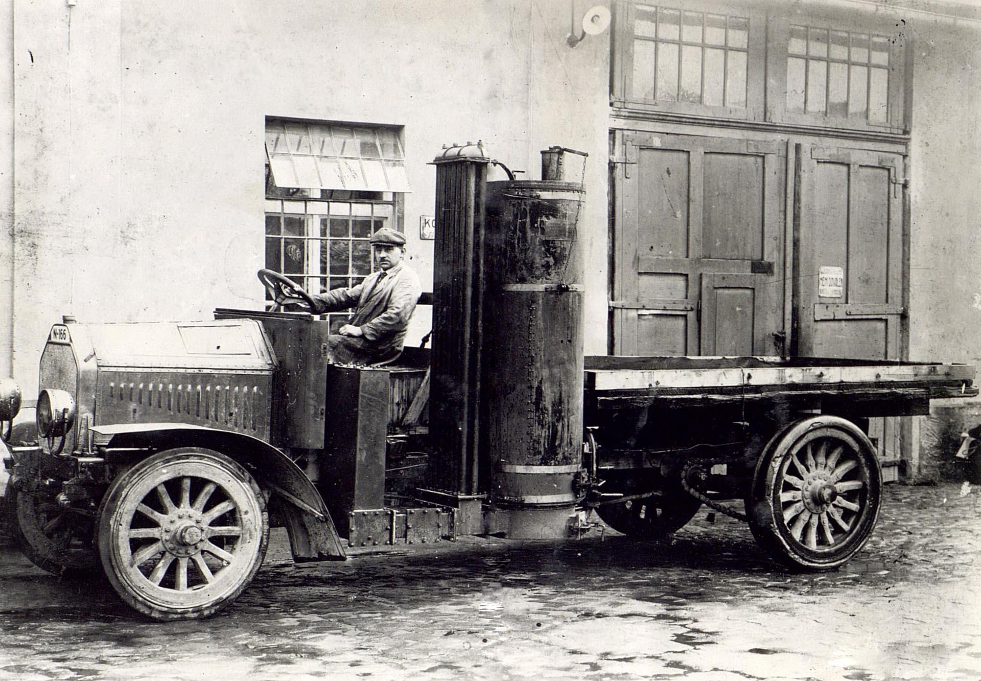 1919 Skoda Wood-Powered Truck