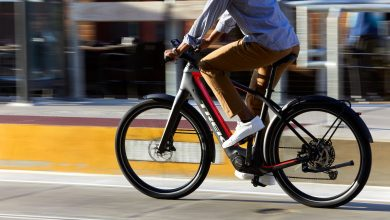 Photo of Ηλεκτρικά μοτοποδήλατα vs Ηλεκτρικά ποδήλατα: Χρειάζεται δίπλωμα για να τα οδηγήσει κανείς;