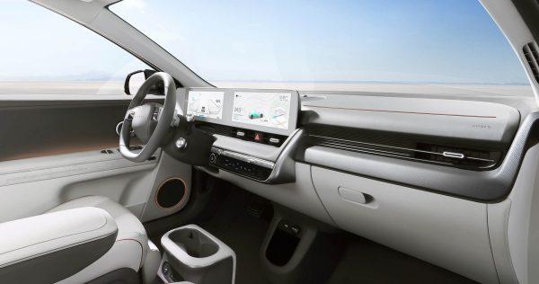 Το Hyundai Ioniq 5 είναι πιο ιδιαίτερο ακόμη και από ένα Tesla [video]