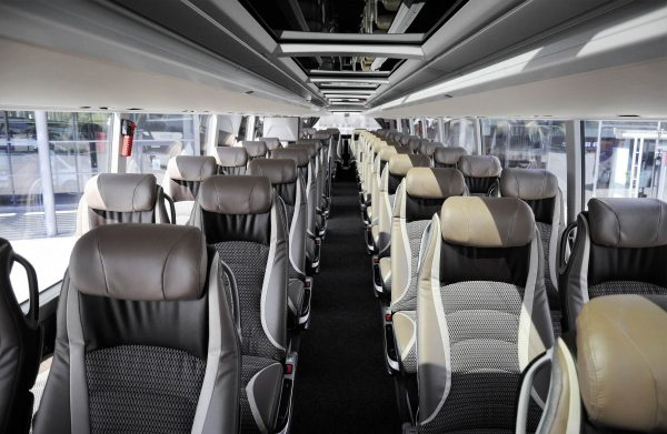 Τέλη κυκλοφορίας : Μείωση για τα τουριστικά λεωφορεία