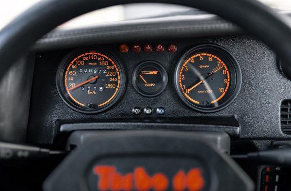 Peugeot 205 T16 3 2