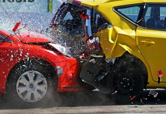 car atyxima crash trakarisma asfalistiki